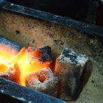 着火が簡単な軽いタイプのオガ炭