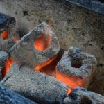 北海道の飲食店から炭工房の業務用炭が人気。
