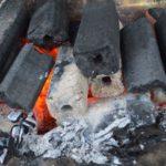 安いオガ炭を探しているなら炭工房。